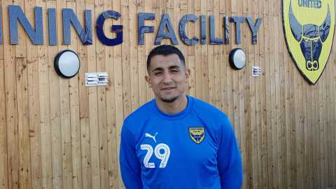 Ahmed Kashi Signs